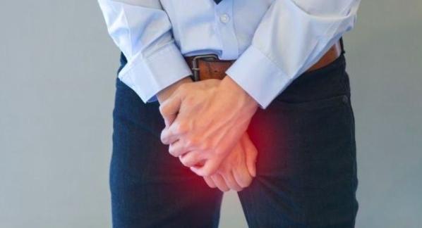 Nam giới có thể bị loét niệu đạo, đau nhức dương vật nếu thực hiện không đúng cách
