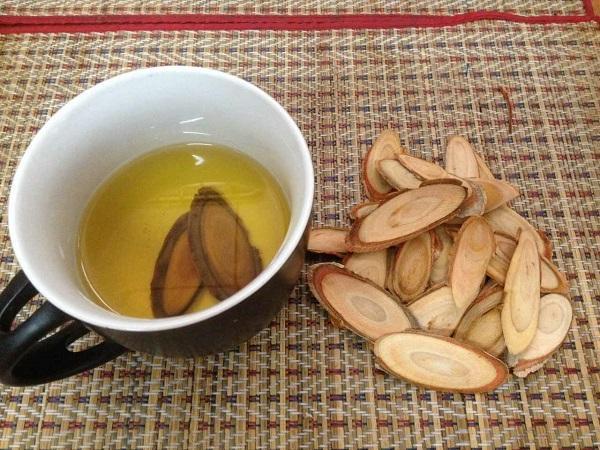 Bài thuốc chữa yếu sinh lý từ cây Bá bệnh (Sâm Malaysia Tongkat Ali)