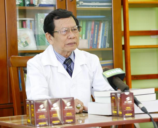 Viên uống Mr Sun được Tiến sĩ khoa học, Thầy thuốc ưu tú – Đại tá Phạm Hòa Lan – Nguyên chủ nhiệm khoa nghiên cứu thuốc, Trang thiết bị Y tế Cục Quân Y - Bộ Quốc Phòng khuyên dùng