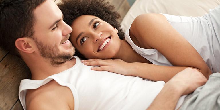 Tâm lý thoải mái giúp nam giới kiểm soát cuộc yêu tốt hơn