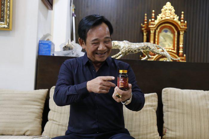 Diễn viên Quang Tèo rất hài lòng khi sử dụng viên uống Mr Sun