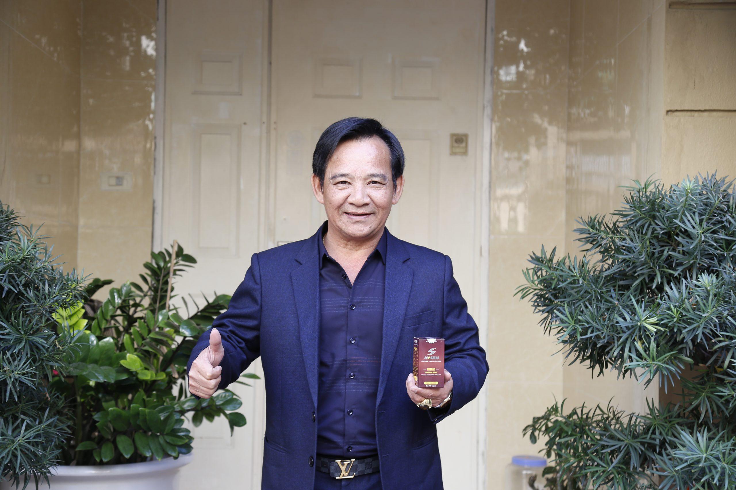 NSUT Quang Tèo đánh giá cao hiệu quả của viên uống Mr Sun