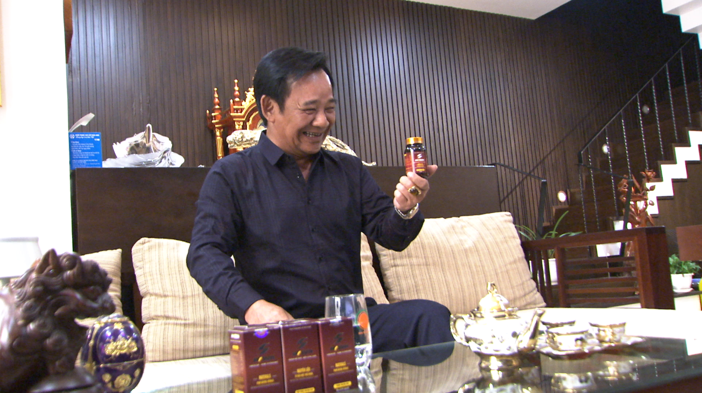 Quang Tèo khoẻ mạnh, phong độ ở tuổi 59