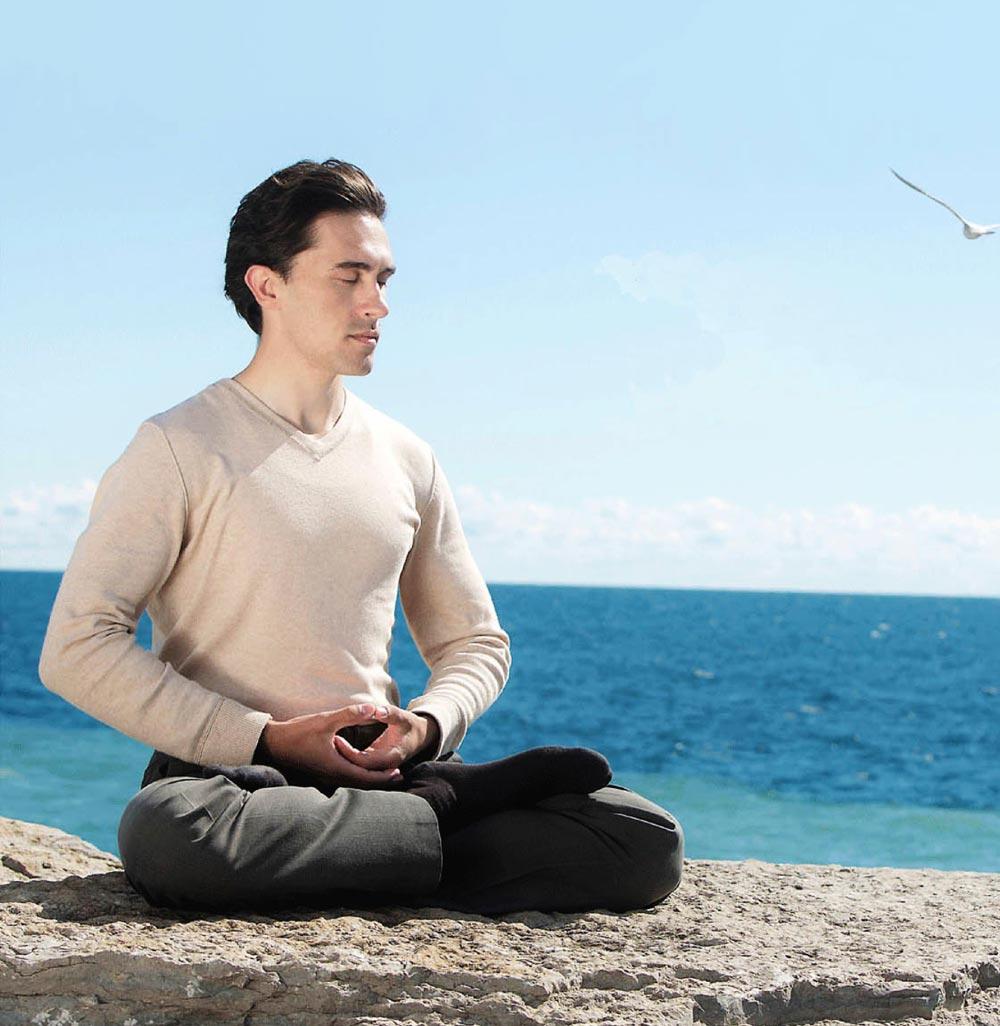Thật khó để tránh stress trong thế giới ngày nay, nhưng có thể học cách quản lý nó tốt hơn như áp dụng các bài tập thở và thiền chẳng hạn