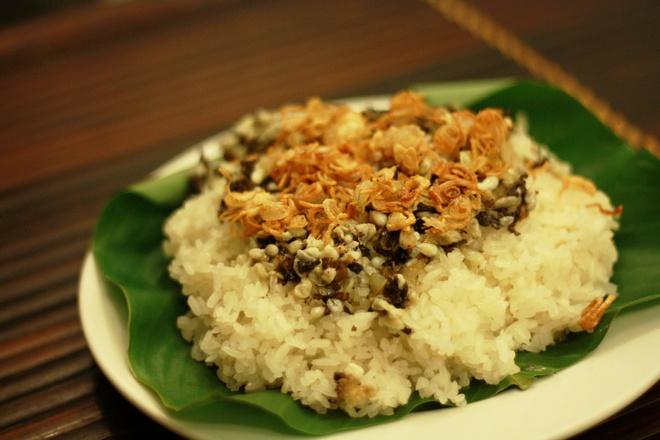 Xôi trứng kiến là đặc sản của vùng Nho Quan - Ninh Bình