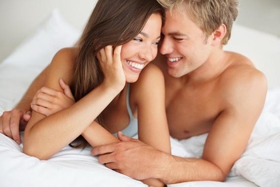 Quan hệ tình dục ngày mùng 1 có sao không là thắc mắc của nhiều cặp đôi